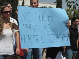 Tel_Aviv_university_students_support_IDF_and_Israel_against_Gaza_Flotilla_3